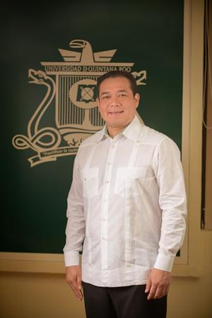 Mtro. Ángel Ezequiel Rivero Palomo, Rector de la Universidad de Quintana Roo